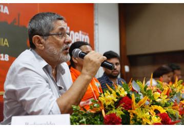 7º Congresso - Painel I levanta debate sobre desindustrialização