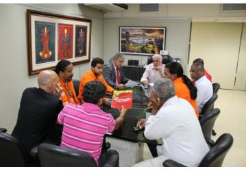 Em reunião, secretário Jaques Wagner garante compromisso do governo em defesa da  FAFEN-BA