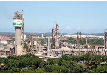 Após ação popular do Sindipetro Bahia, Petrobrás se manifesta sobre o futuro das Fafens