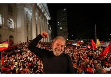 Lula: 'O Brasil voltará a ser dos brasileiros'