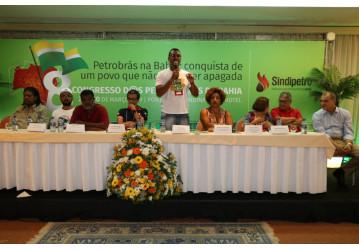 Categoria petroleira reafirma luta em defesa do Sistema Petrobrás,  das instituições democráticas e da soberania nacional