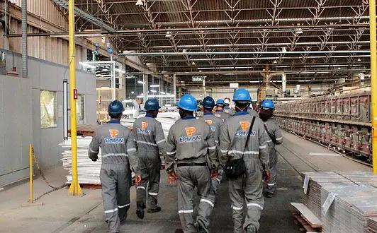 Com receio de calote, trabalhadores da empresa Epman paralisam atividades na UN-BA